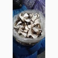 Сухой белый гриб и вренье