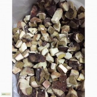 Продажа грибов замороженных белых(кубик)