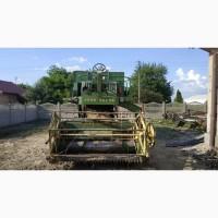 Зерноуборочный комбайн John Deere 330